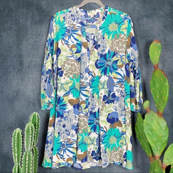 Umgee Dresses & Skirts - 🌵Umgee Floral Boho 60's Bell Sleeve Hippie Dress